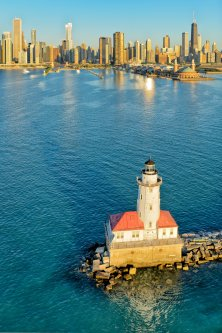 le-phare-chicago-harbor-usa-4128853481-big.jpg - JPEG - 758.4 ko - 880×1320 px